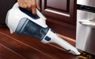 black & decker dust buster