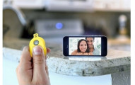 Dailygrabs-Bluetooth-Selfie-Remote-Shutter