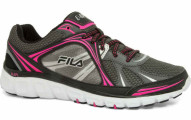 FILA Women's Memory Foam Retribution Running Shoe