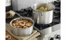 Calphalon 8-quart Stock Pot with Steamer and Pasta Insert