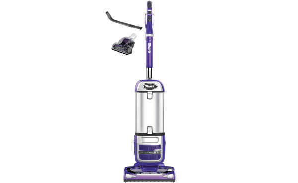 Shark Navigator Powered Lift-Away Deluxe Vacuum
