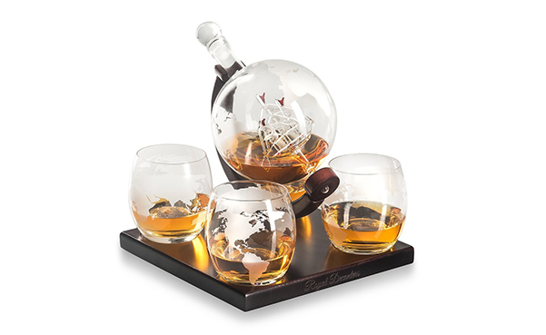 Royal Decanters Etched Globe Whiskey Gift Set