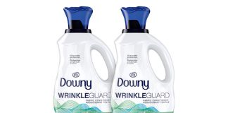 Downy Wrinkleguard Liquid Fabric Conditioner