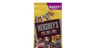 HERSHEY'S Assorted Chocolate Miniatures Easter Candy Assortment, Perfect for Easter Basket and Egg Stuffers, Bulk Candy, 35.9 Oz
